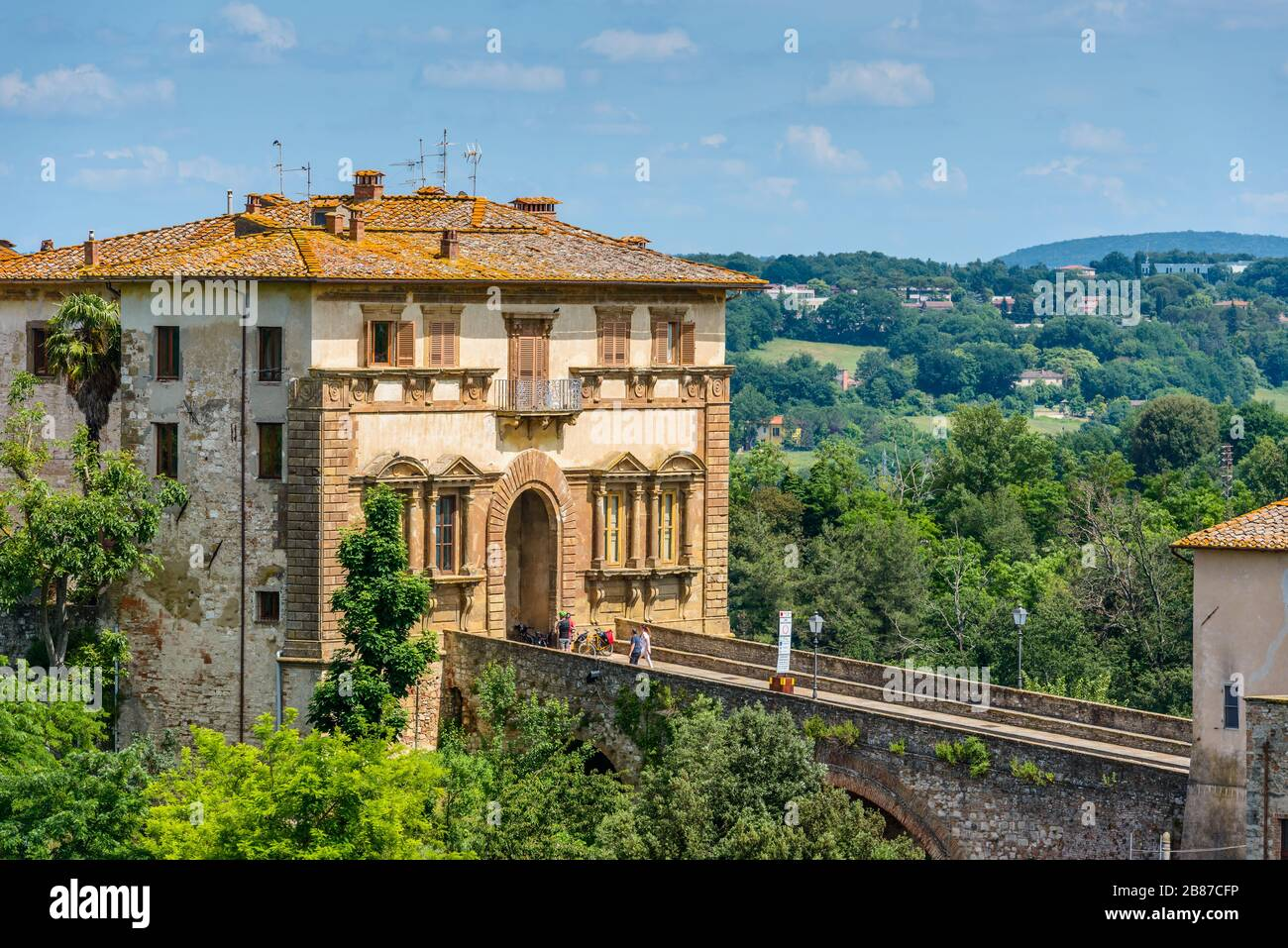 Colle di Val d'Elsa, Tuscany / Italy: The Campana Palace (Palazzo Campana) gate into the old town - Tuscan mannerist architecture of the 16th century. Stock Photo