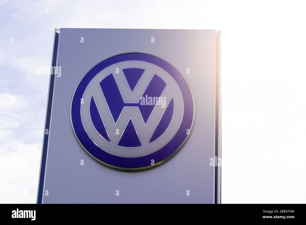 Original Neuf Volkswagen Blue Motion Technologie Coffre Badge Emblème pour