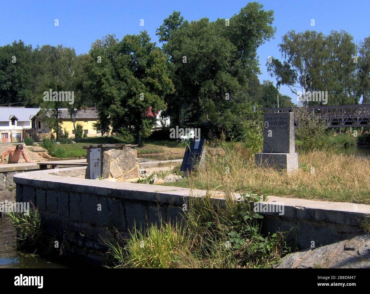 """""""Čeština: Lužnice-pomníčky u jezu Dráchov; 15 July 2007; Originally from cs.wikipedia; description page is/was here.; R.Kukačka/L.Jeřábek; Original uploader was R.Kukačka at cs.wikipedia; """" Stock Photo"""