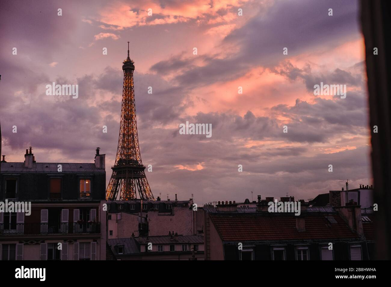 Pink And Purple Eiffel Tower High Resolution Stock Photography And Images Alamy
