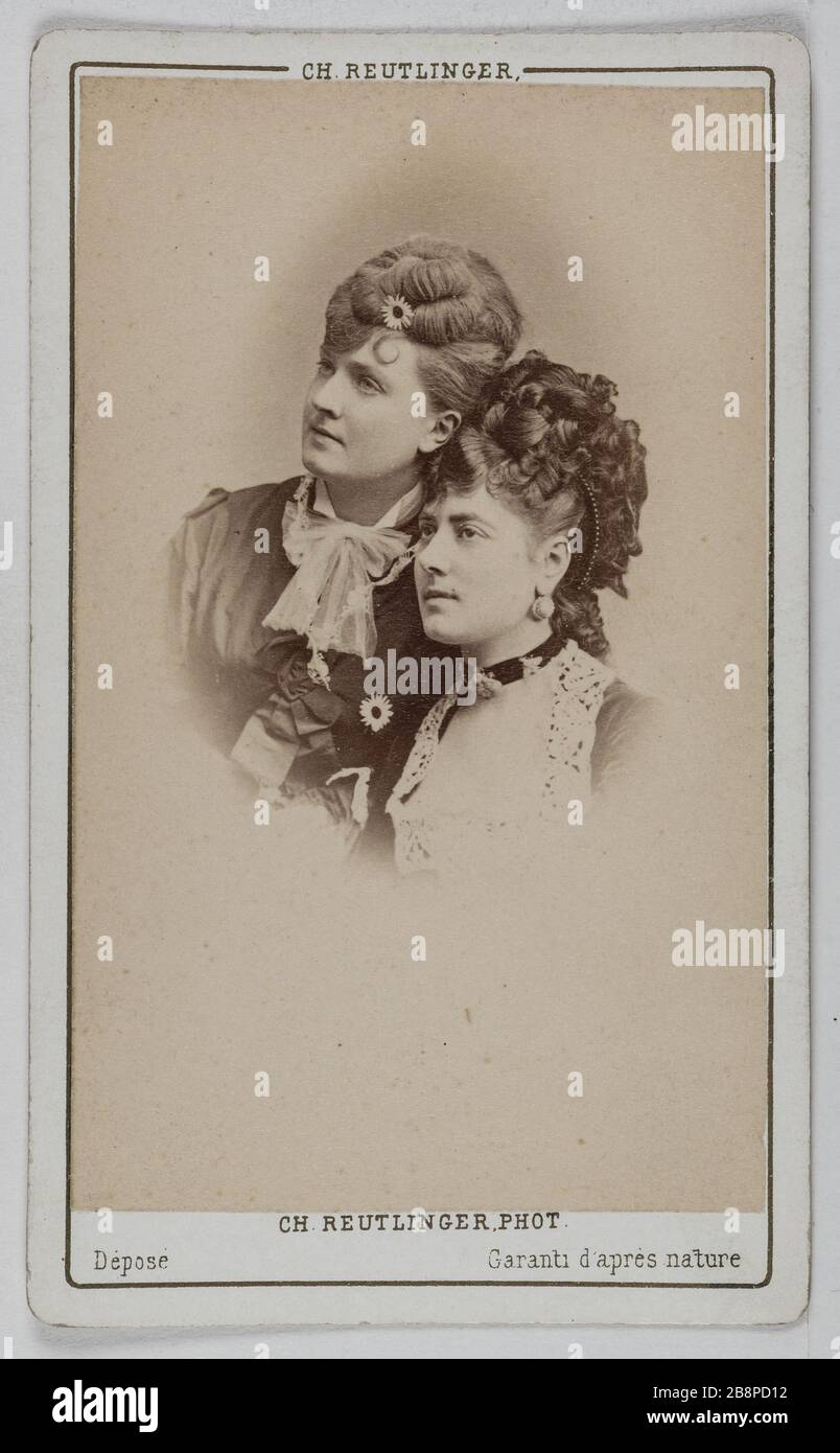 Portrait of Delphine Lissy or Lizy (actress) and Rose Marie Portrait de Delphine de Lissy ou Lizy, actrice et Rose Marie. 1860-1890. Carte de visite (recto). Tirage sur papier albuminé. Photographie de Charles Reutlinger (1816-1880). Paris, musée Carnavalet. Stock Photo