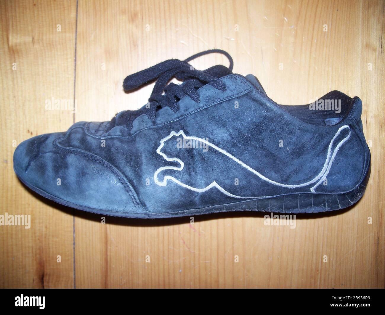 zapatos puma wikipedia español