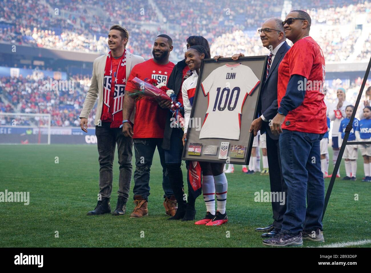 HARRISON. USA. MAR 08:  Family members of Crystal Dunn of the USA celebrate her 100th cap ceremony with her ahead of the 2020 SheBelieves Cup Women's International friendly football match between USA Women vs Spain Women at Red Bull Arena in Harrison, NJ, USA. ***No commericial use*** (Photo by Daniela Porcelli/SPP) Stock Photo