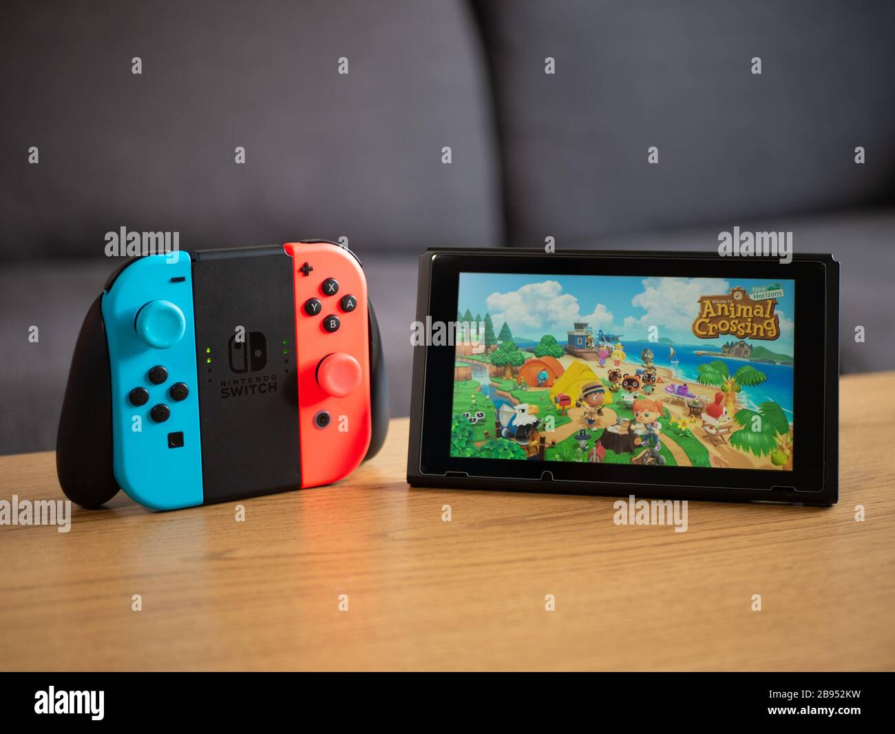 Uk March 2020 Nintendo Switch Joy Con Grip With Animal Crossing