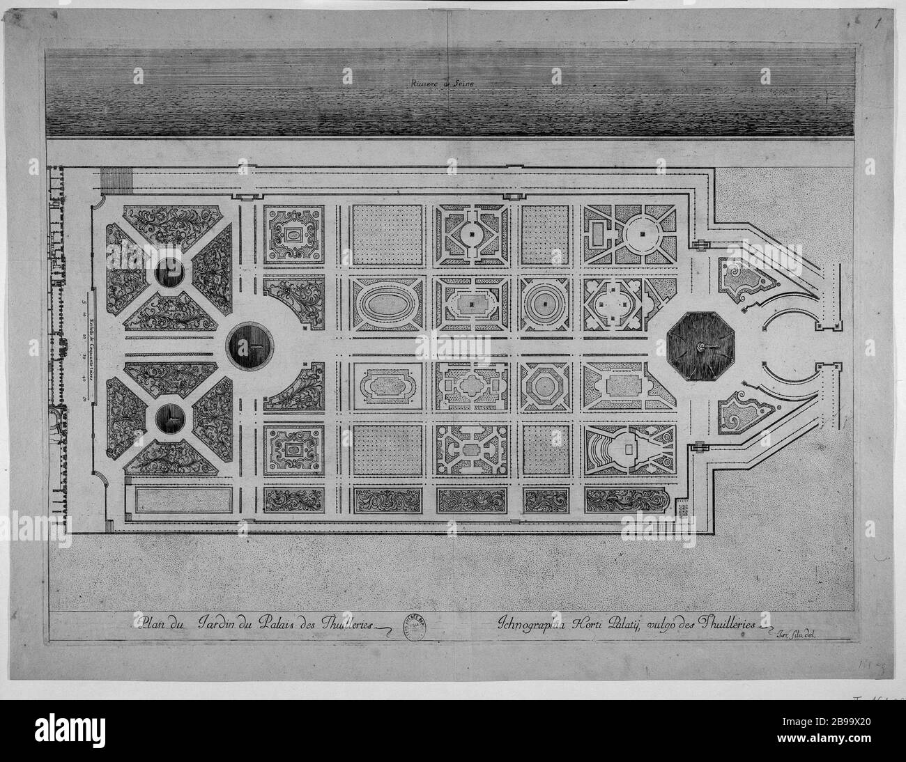 Tuileries Garden Black And White Stock Photos Images Alamy