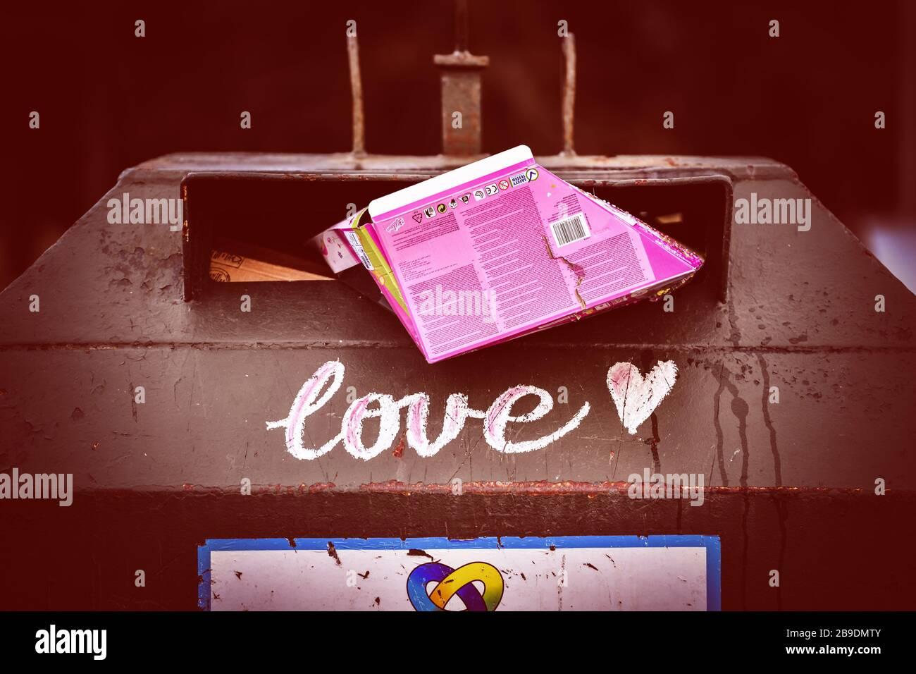Paper bank with the stroke Love in Kirchwerder, Hamburg, Germany, Europe, Altpapiercontainer mit dem Schriftzug Love in Kirchwerder, Deutschland, Euro Stock Photo