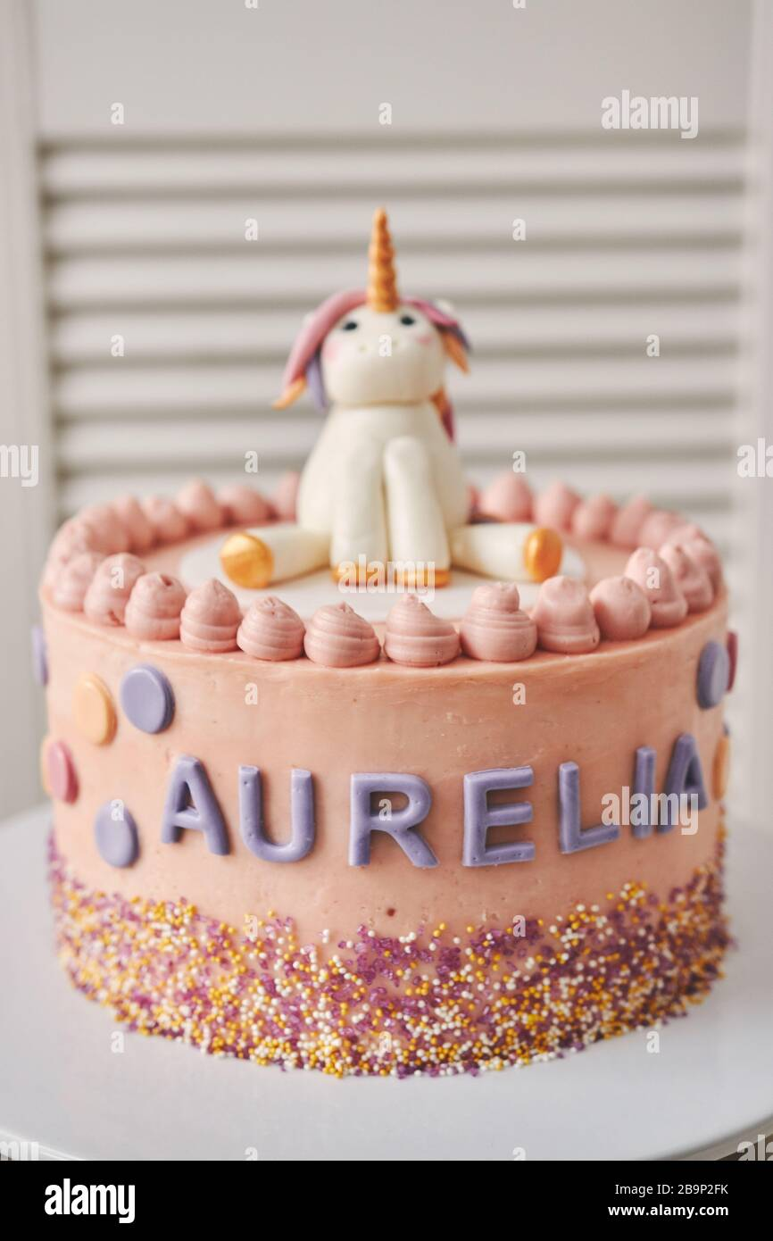Groovy A Vertical Closeup Of A Birthday Cake With A Unicorn On The Top Personalised Birthday Cards Sponlily Jamesorg