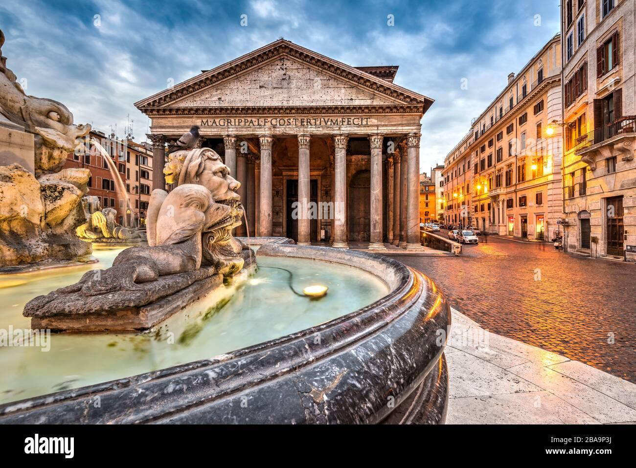 Pantheon and fountain at Piazza della Rotonda, Rome, Lazio, Italy Stock Photo