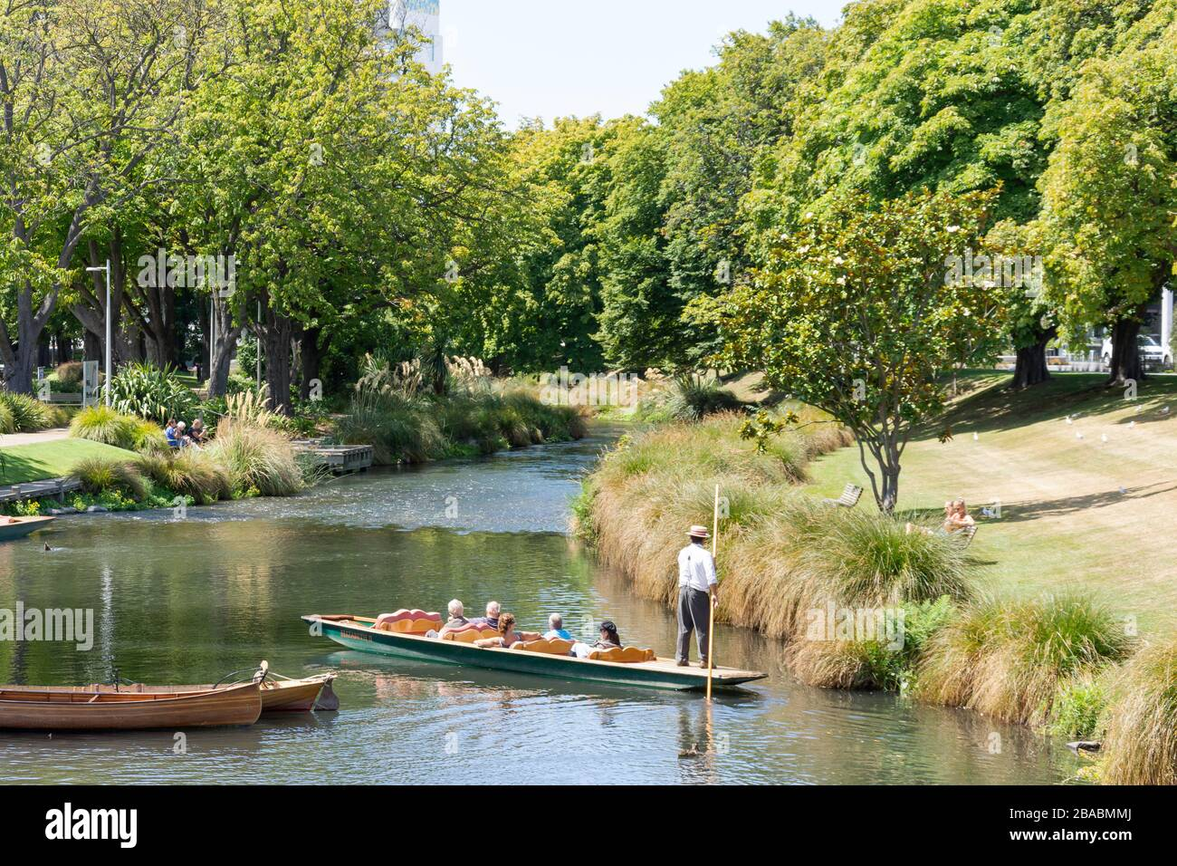 Punting on River Avon at Antigua Boat Sheds, Cambridge Terrace, Christchurch, Canterbury Region, New Zealand Stock Photo