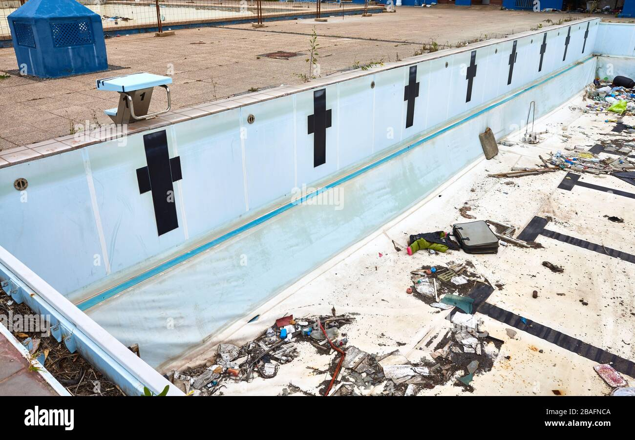 Waste Swimming Pool High Resolution Stock Photography And Images Alamy