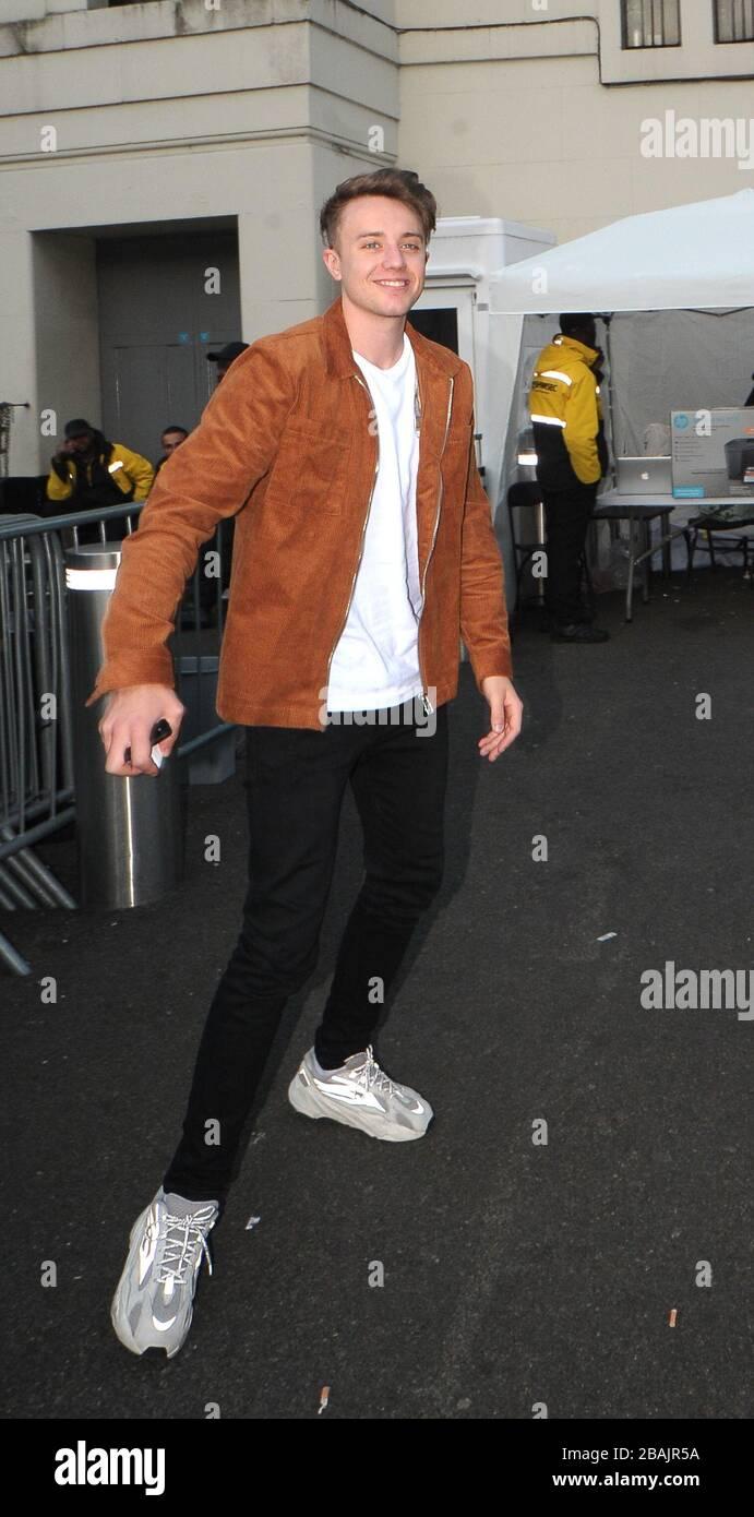 Roman Kemp Leaving Britain S Got Talent Semi Final Day 2 At The Hammersmith Apollo Stock Photo Alamy
