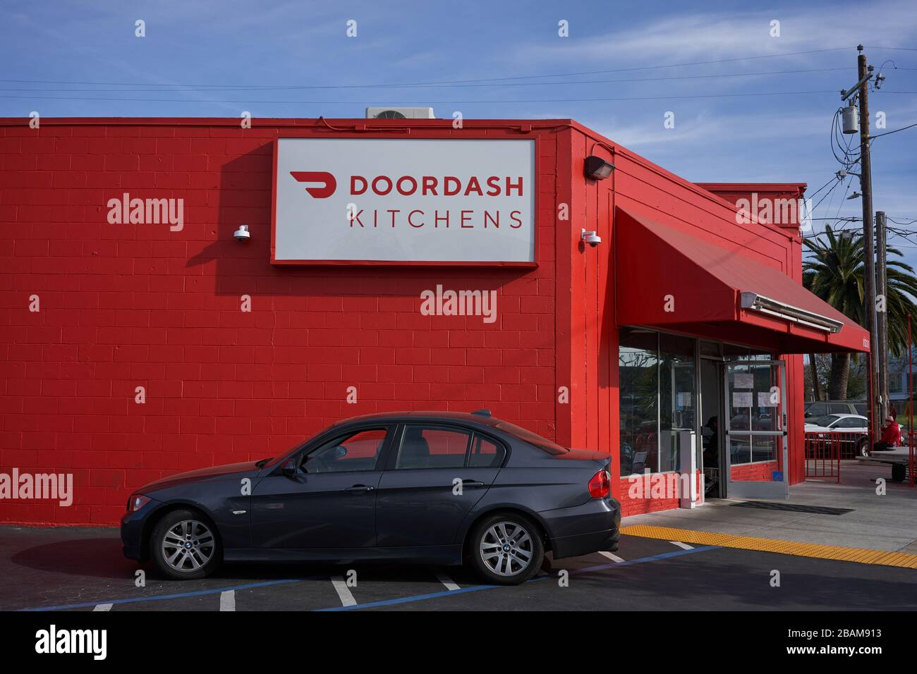 DoorDash Kitchens location exterior. It provides customized kitchen space for restaurants offering delivery and pickup services through DoorDash app. Stock Photo