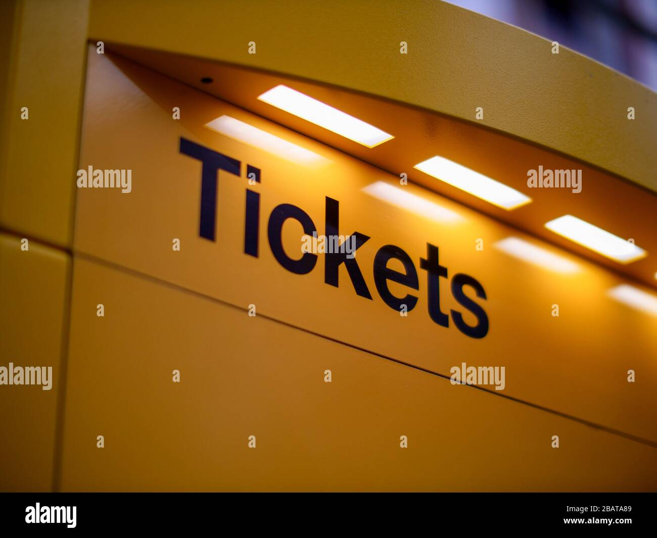 Fahrkarten Automat für Tickets ÖPNV Fahrkartenautomat Stock Photo