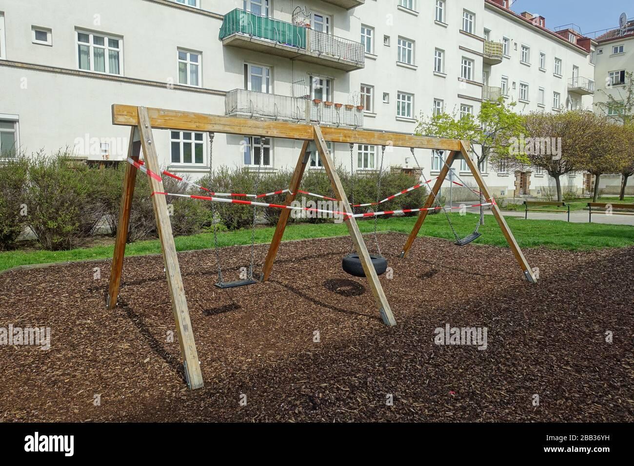 Wien, Maßnahmen gegen die Ausbreitung des Coronavirus, gesperrter Spielplatz - Vienna, action against the spread of Corona Virus, closed playground Stock Photo