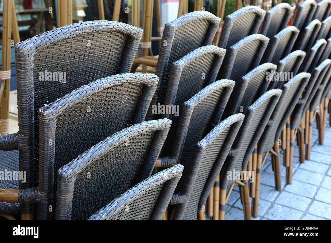 Chaises High Resolution Stock Photography And Images Alamy