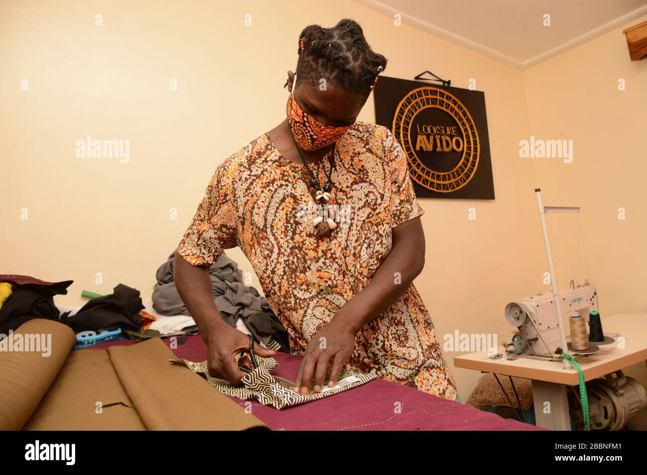 David Ochieng Founder Of Lookslike Avido Fashion Line Makes Re Usable Face Masks At His Office