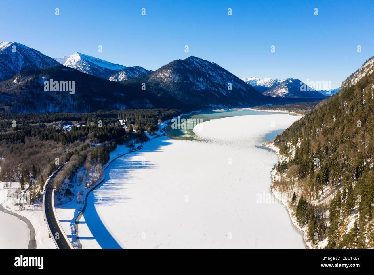 Isar, Zufluss zum Sylvensteinsee, Luftaufnahme , Lenggries, Isarwinkel, Oberbayern, Bayern, Deutschland Stock Photo