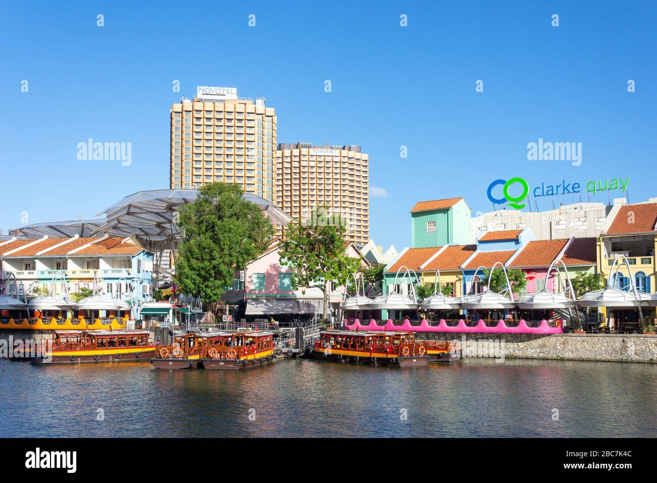 River cruise boats on Singapore River, Clarke Quay, Central Area, Singapore Stock Photo