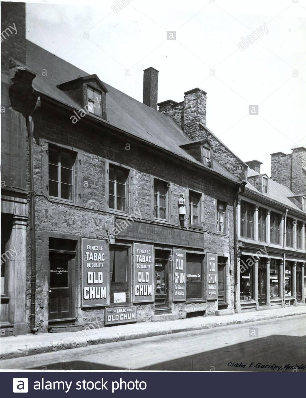 Candelabri Maison Du Monde necessite stock photos & necessite stock images - alamy