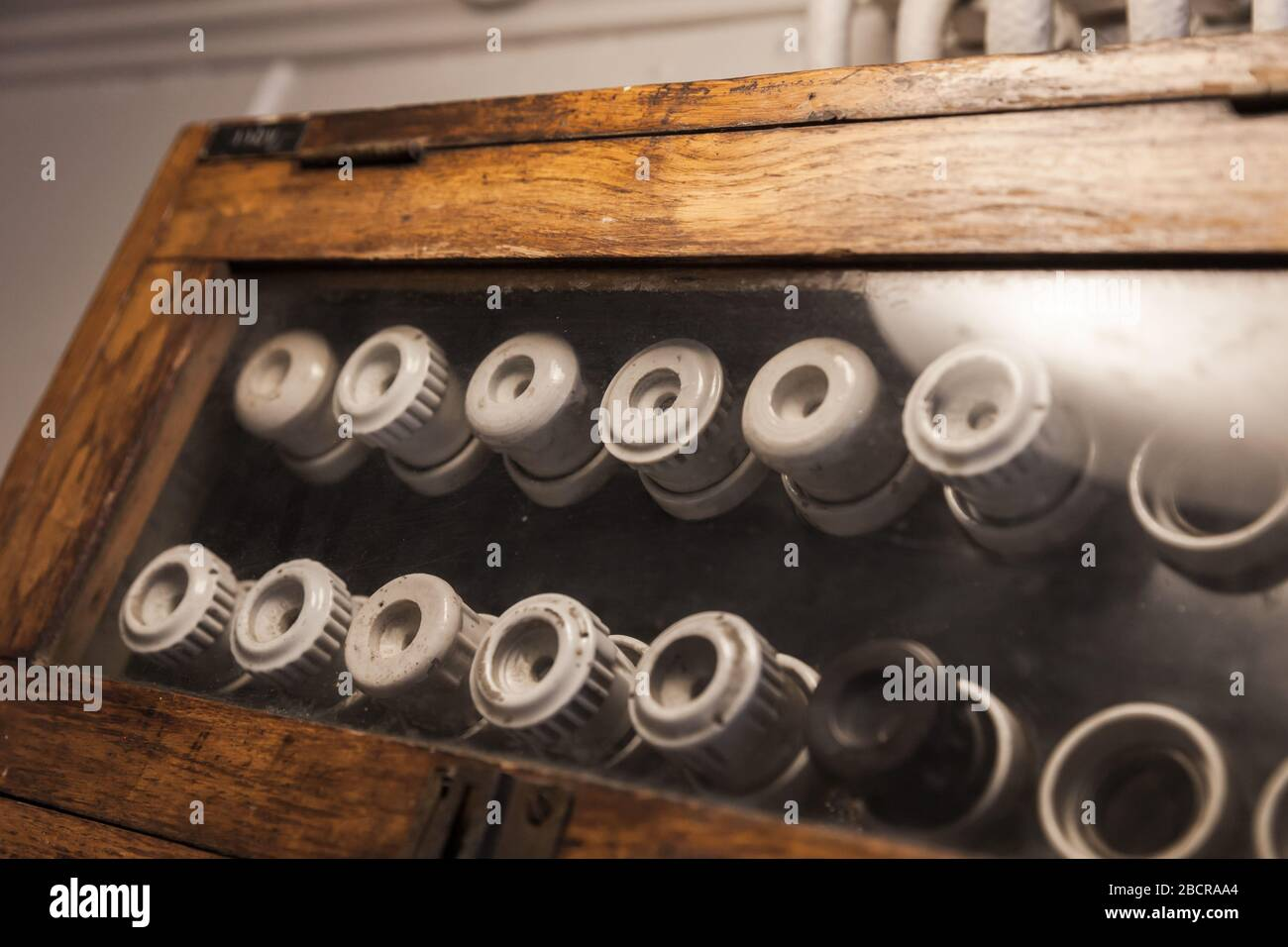 [DIAGRAM_0HG]  Electric Fuse Box Vintage High Resolution Stock Photography and Images -  Alamy | Vintage Fuse Box With Side Lever |  | Alamy