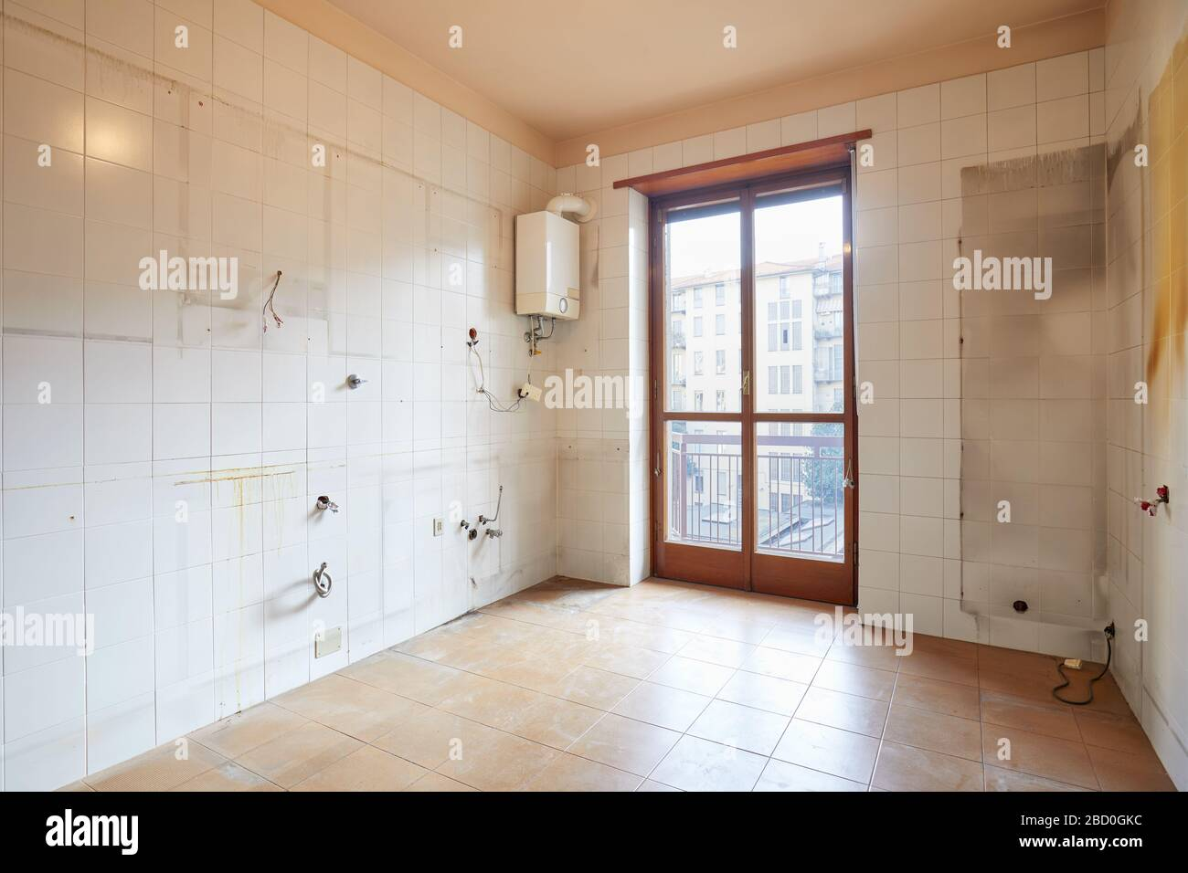 Old Tiles Kitchen High Resolution Stock Photography And Images Alamy