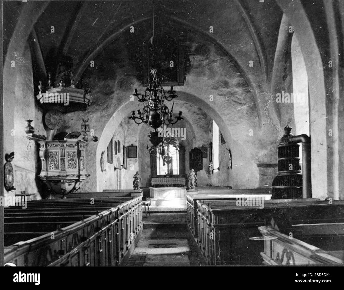 Husby - rlinghundra kyrka Unknown dateUnknown date