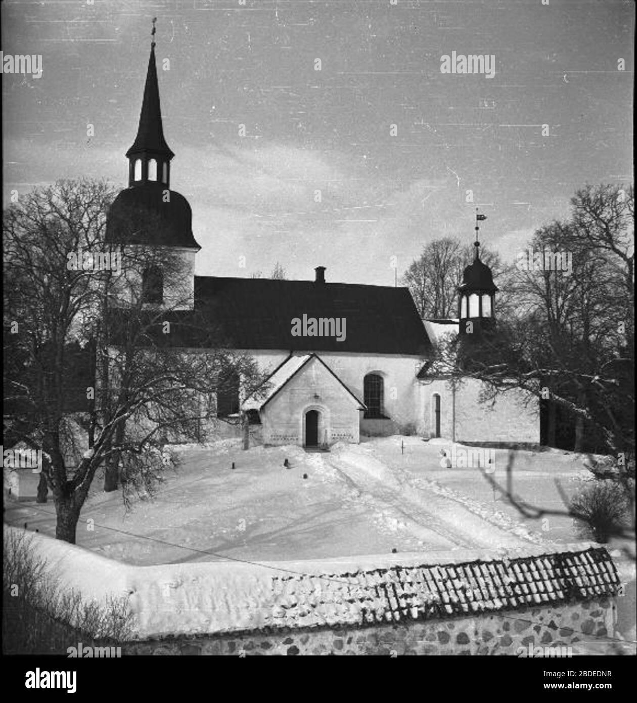 Fil:Husby-Rekarne kyrka satisfaction-survey.net Wikipedia