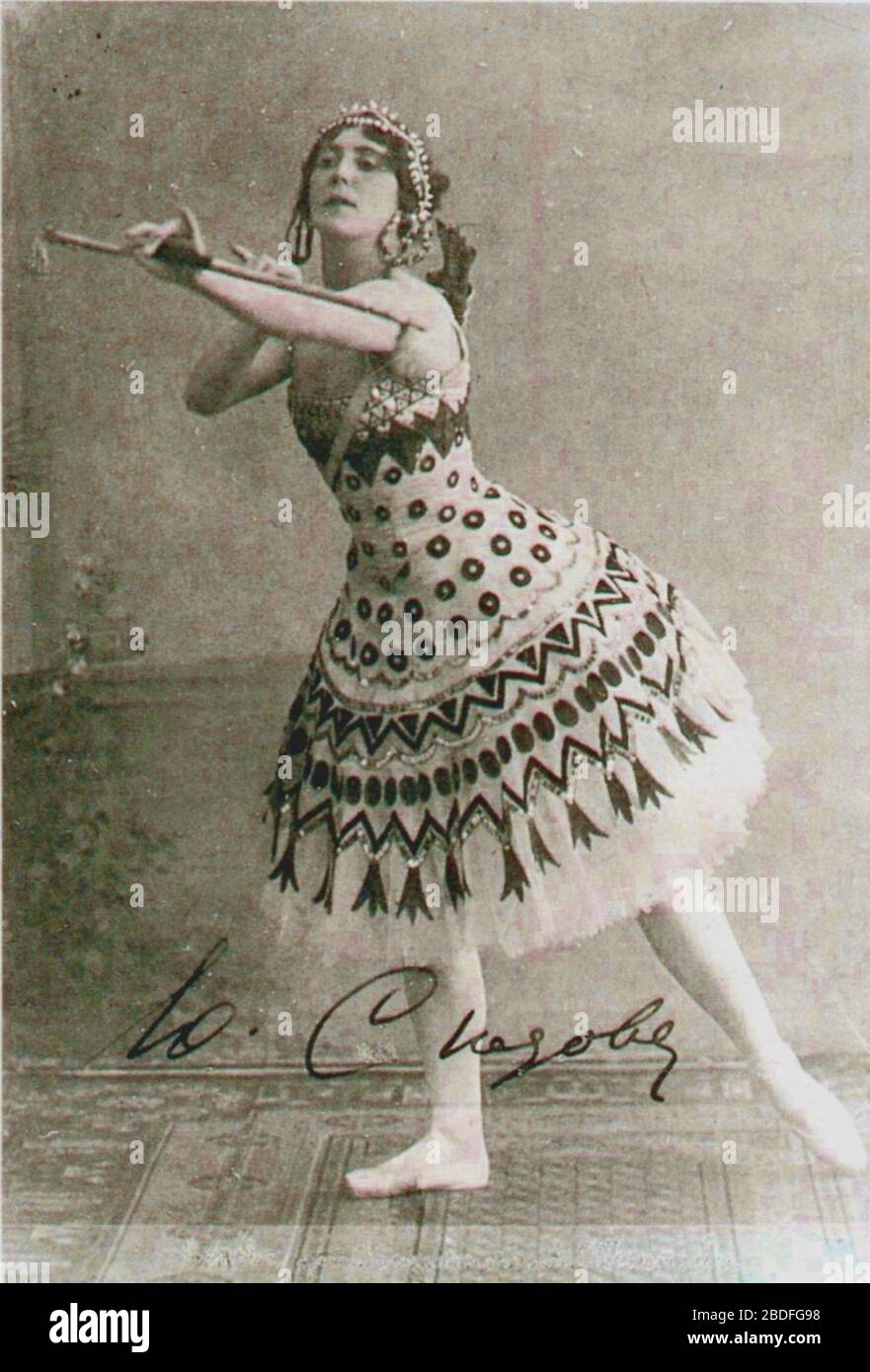 """""""Photo of the ballerina Julia Nikolaevna Sedova (1880-1969) costumed for the role of the Princess Aspicia in the choreographer Marius Petipa (1811-1910) and composer Cesare Pugni's (1802-1870) 1862 ballet The Pharaoh's Daughter.; circa 1905 date QS:P,+1905-00-00T00:00:00Z/9,P1480,Q5727902; Photo scanned from the 2nd edition of the book Ballet: An Illustrated History by Mary Clarke and Clement Crisp. Penguin Group, 1992.; Unknown photographer of the photography department of the Imperial Mariinsky Theatre. St. Petersburg, Russian Empire.; """" Stock Photo"""