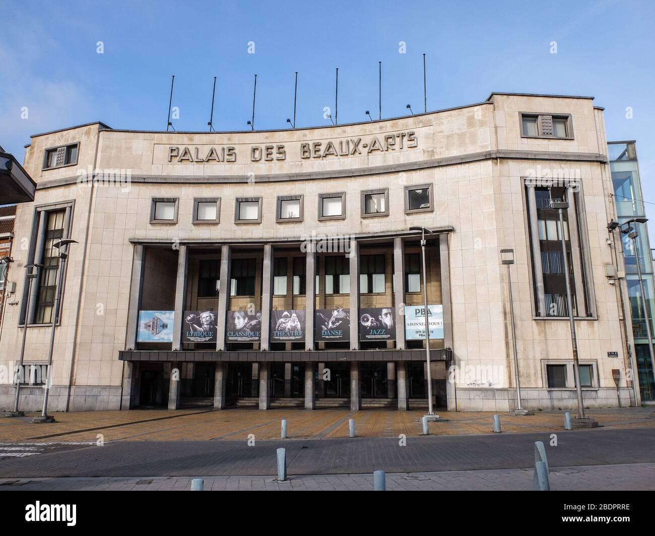 le Palais des Beaux-Arts de Charleroi, salle de spectacle et musée. Architecte Joseph André, Place du Manège in Charleroi, Belgium Stock Photo