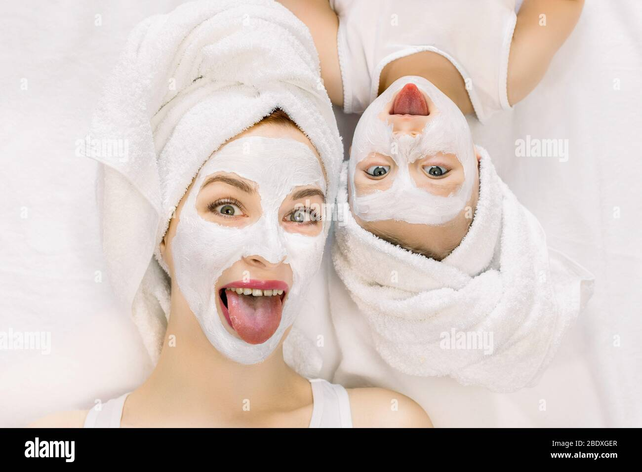 Page 2 Mother Daughter Spa High Resolution Stock Photography And Images Alamy