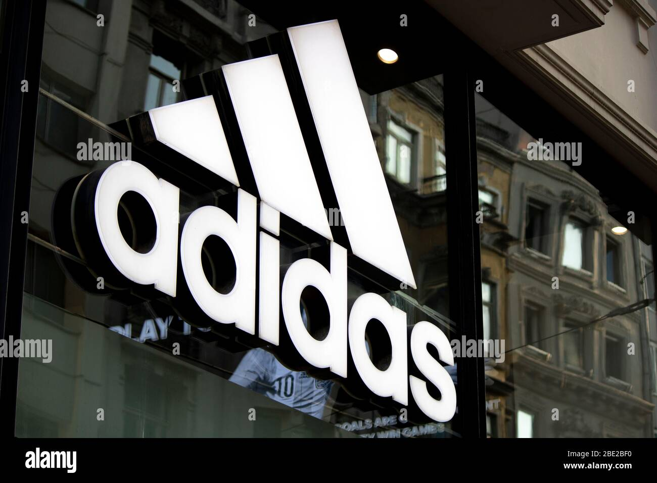 Billboard Advertising Adidas High Resolution Stock Photography And Images Alamy