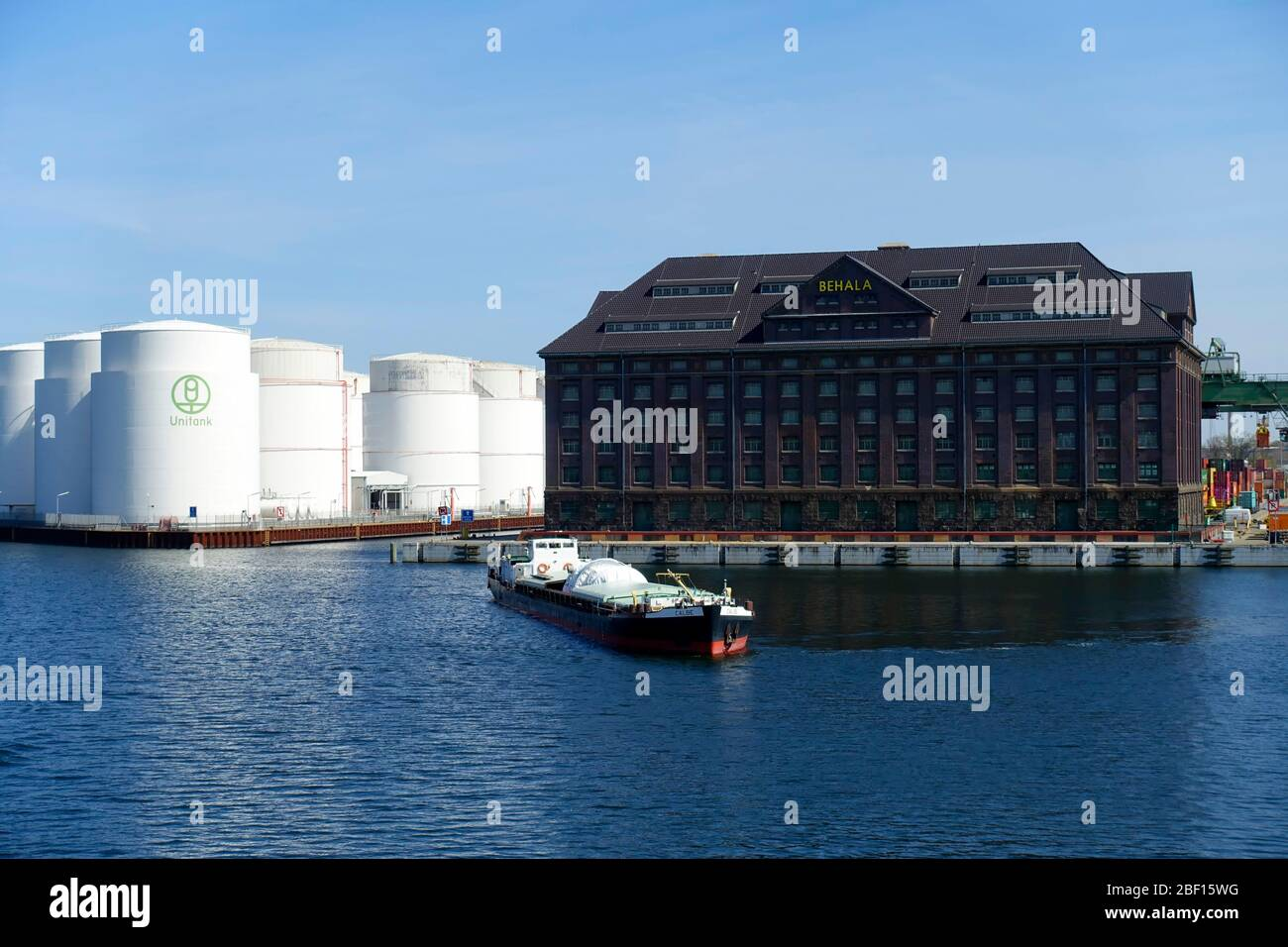UNITANK tank farm business for the storage and product handling of mineral oil products, Westhafen, Berlin, Germany Stock Photo