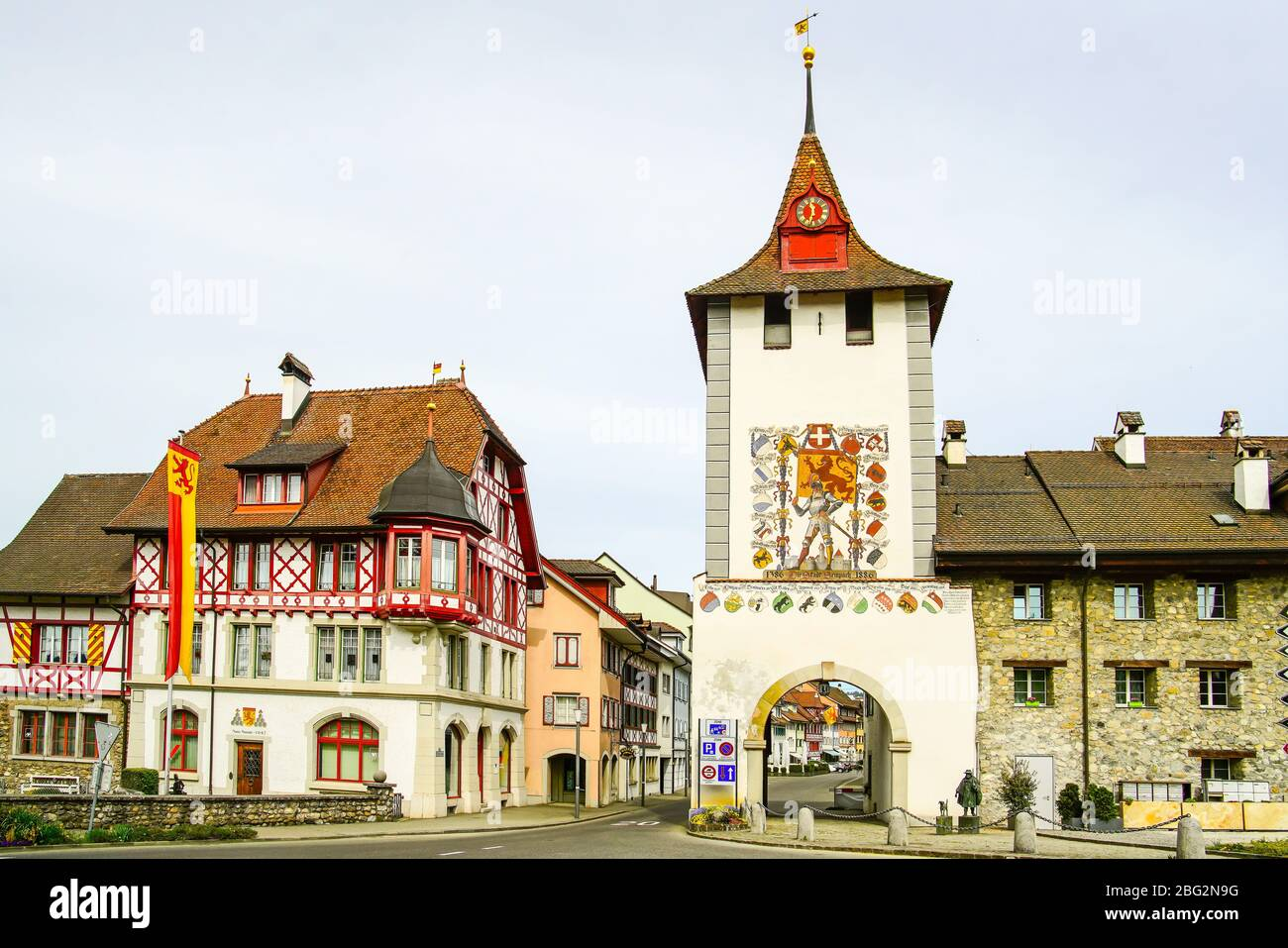 The Lucerne gate (Luzernertor) at the entrance to Sempach, Canton Lucerne, Switzerland. Stock Photo