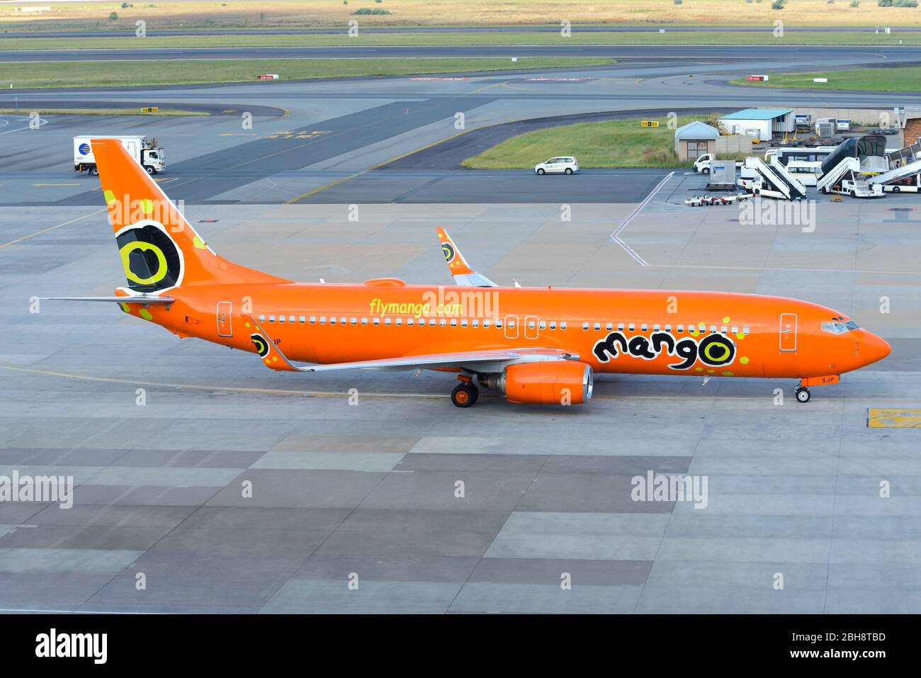 Mango Airlines Boeing 737 Taxiing At Johannesburg Airport South Africa Aircraft 737 800 Zs Sjp Operating Domestic Flight Orange Livery Stock Photo Alamy