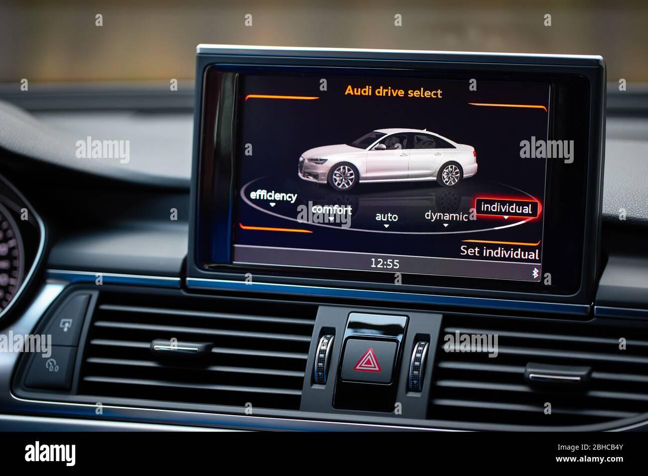 Kelebihan Audi 4G Review