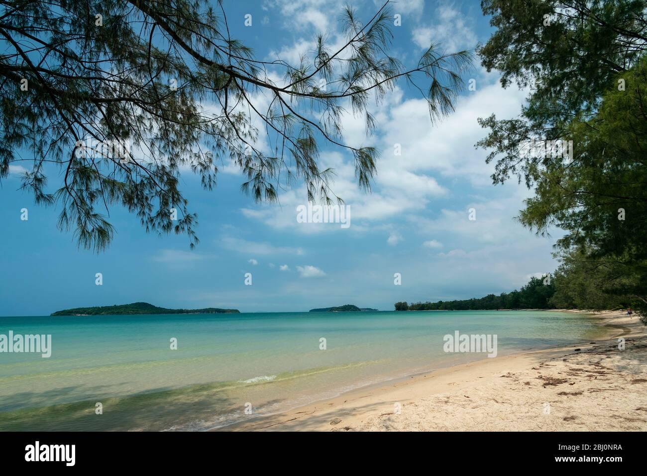 Long Beach on Koh Ta Kiev paradise island near Sihanoukville Cambodia Stock Photo