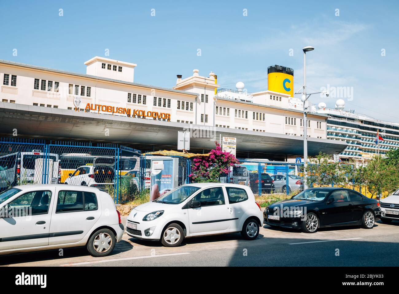 Main Bus Station High Resolution Stock Photography And Images Alamy