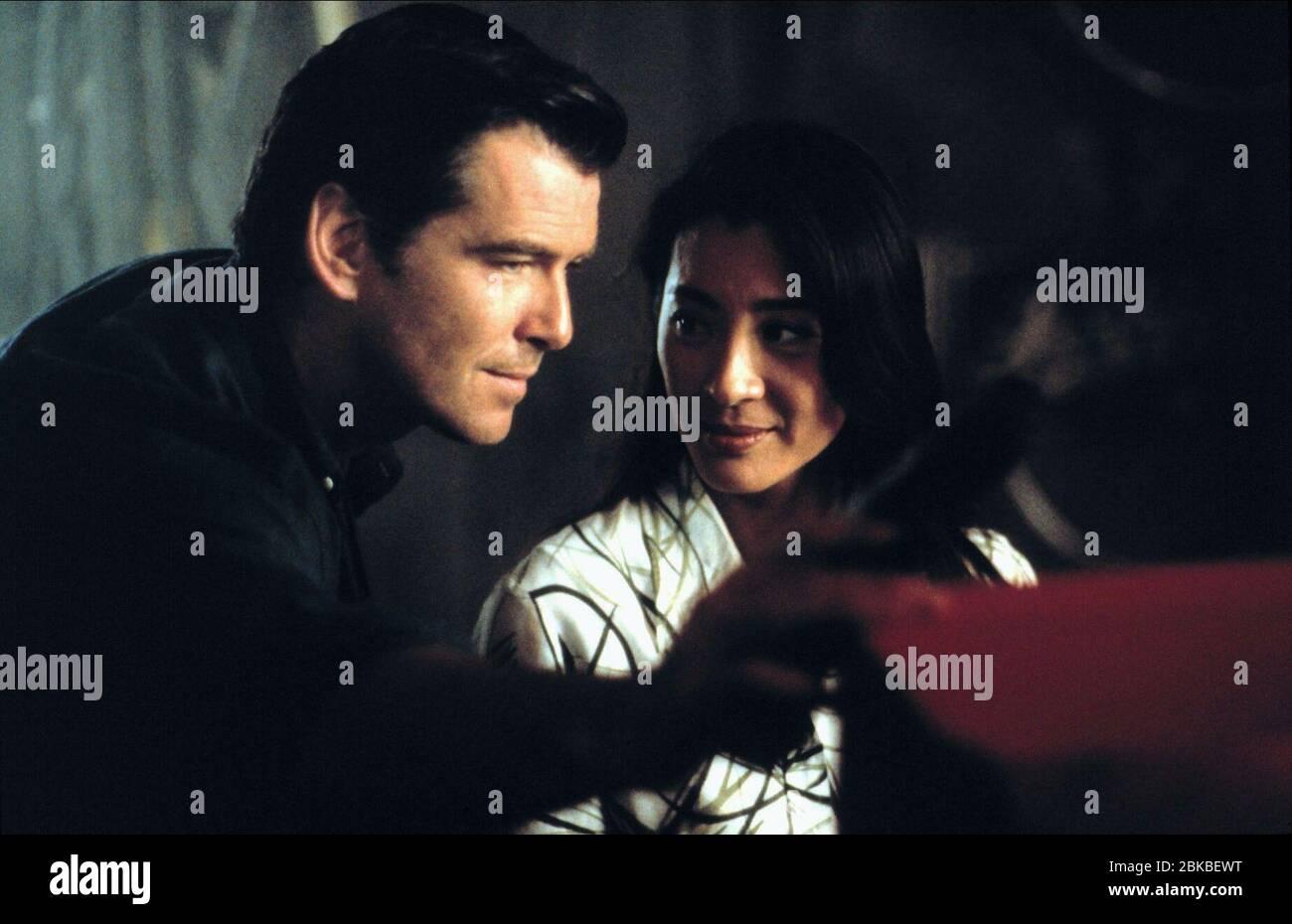 Pierce Brosnan Michelle Yeoh Tomorrow Never Dies 1997 Stock Photo Alamy