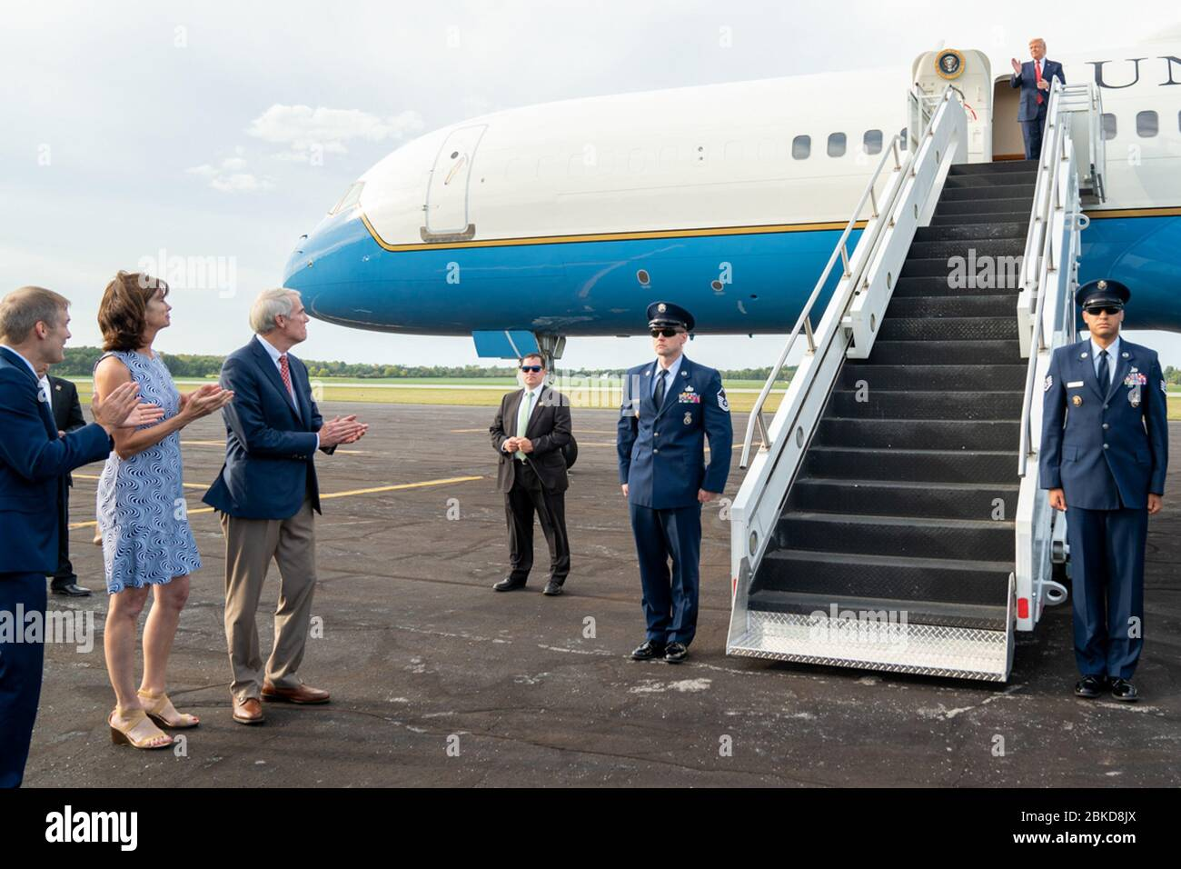 President Donald J Trump Is Welcomed By Senator Rob Portman R Ohio Jane Portman Representative Jim Jordan R Ohio And Polly Jordan On His Arrival Sunday Sept 22 2019 At Lima Allen Airport In Sur.ly for drupal sur.ly extension for both major drupal version is free of charge. alamy