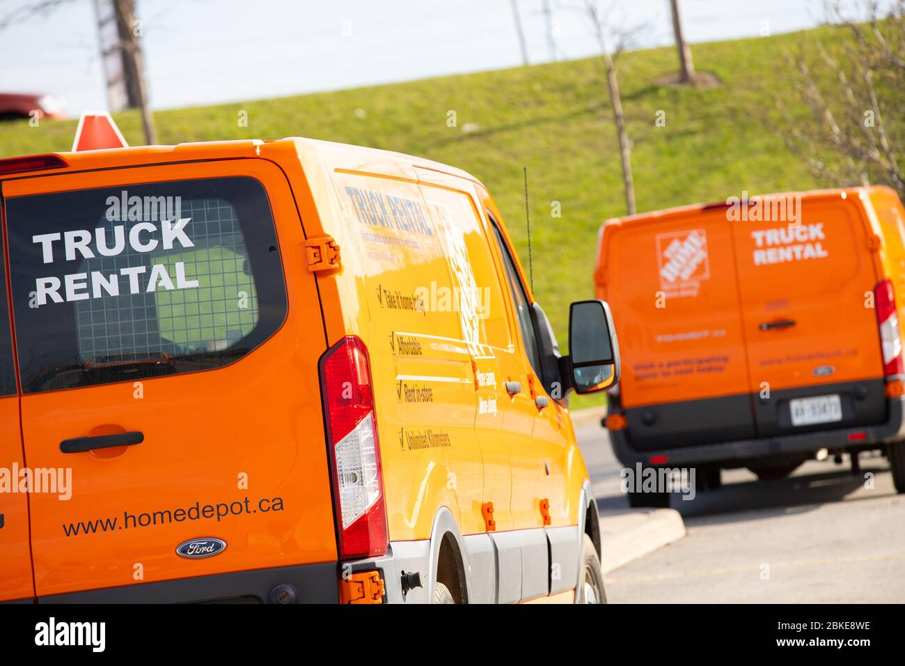 Delivery Trucks Or Vans Are Seen Parked At The Home Depot Empty Parking Lot Stock Photo Alamy