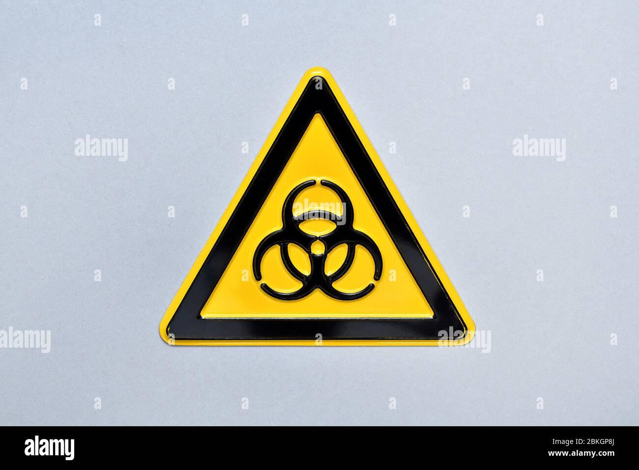 Biogefährdungsschild, Cut, Symbol Photo coronavirus crisis  /  Biogefährdungsschild, Freisteller, Symbolfoto Coronavirus-Krise Stock Photo