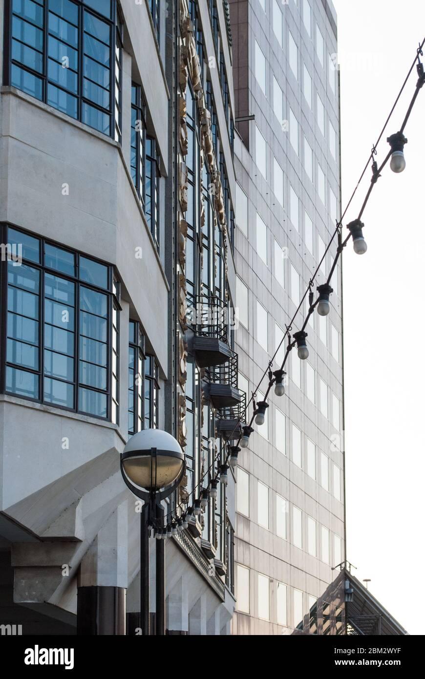 Modern Art Deco Hay's Wharf St. Olaf House, 27 Tooley Street, London SE1 2PR Riverside Architectural Detail by Harry Stuart Goodhart-Rendel Stock Photo