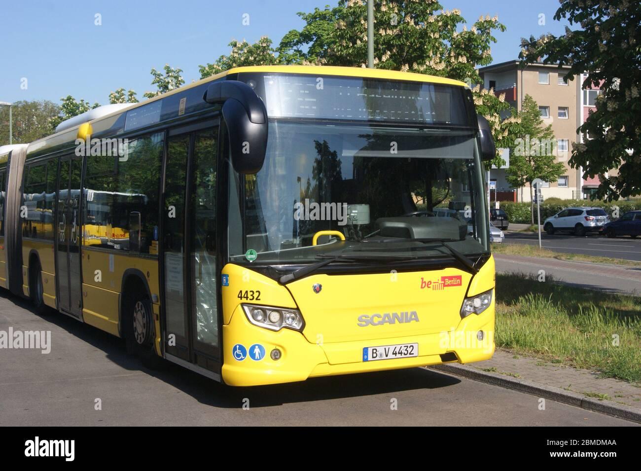 Ein bei der Berliner BVG zum Einsatz kommender Bus der Bauart Scania Citywide LFA. Stock Photo