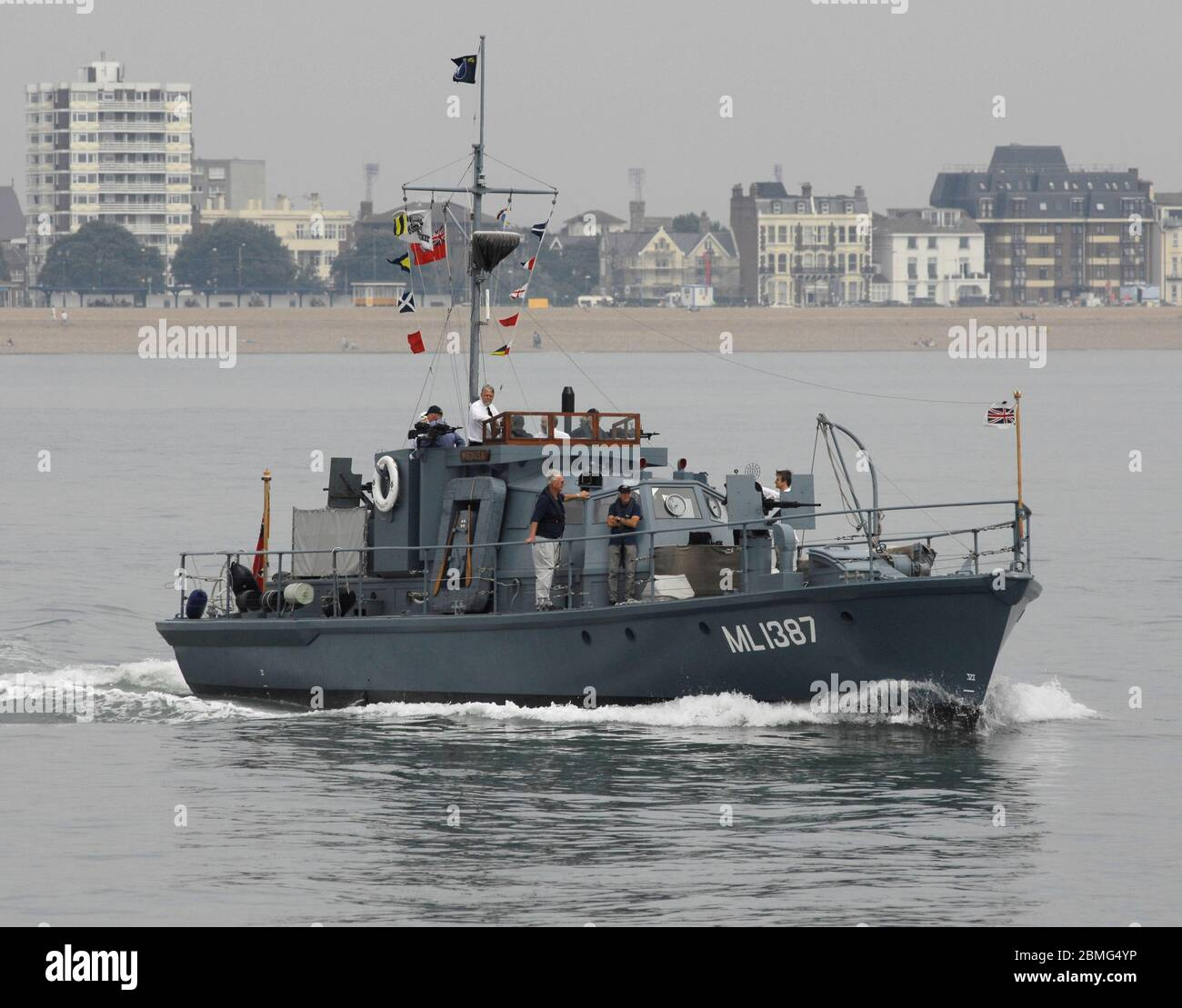AJAXNETPHOTO. 25TH AUGUST, 2016. PORTSMOUTH, ENGLAND. - RESTORED WWII HARBOUR DEFENCE LAUNCH - RESTORED SECOND WORLD WAR HDML 1387 'MEDUSA' DURING THE SAIL-PAST MARKING THE 100TH ANNIVERSARY OF THE FOUNDING OF COASTAL FORCES. .PHOTO:JONATHAN EASTLAND/AJAXREF: D162508 6108 Stock Photo