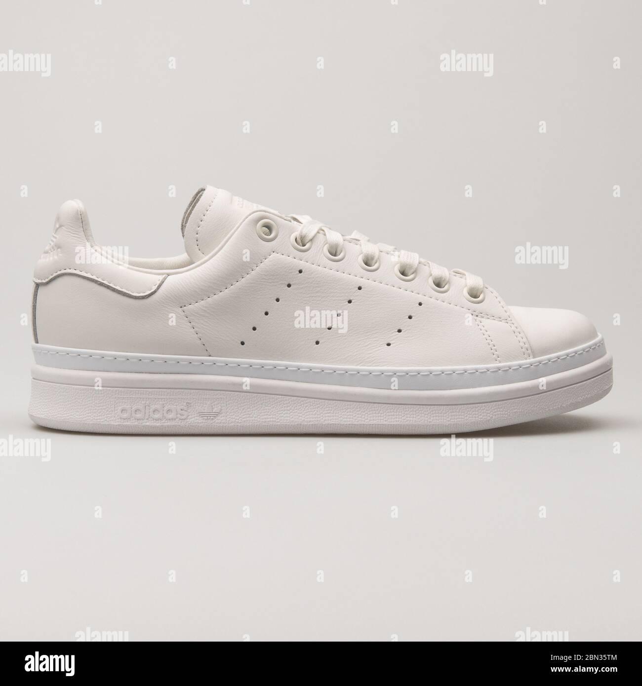 Adidas Stan Smith Bold white sneaker on