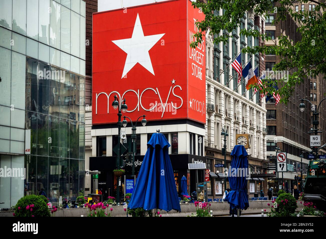 The closed Macy's in Herald Square in New York on Friday, May 8, 2020. Macy's announced that it will reopen all its 775 locations over a period of six to eight weeks. (© Richard B. Levine) Stock Photo