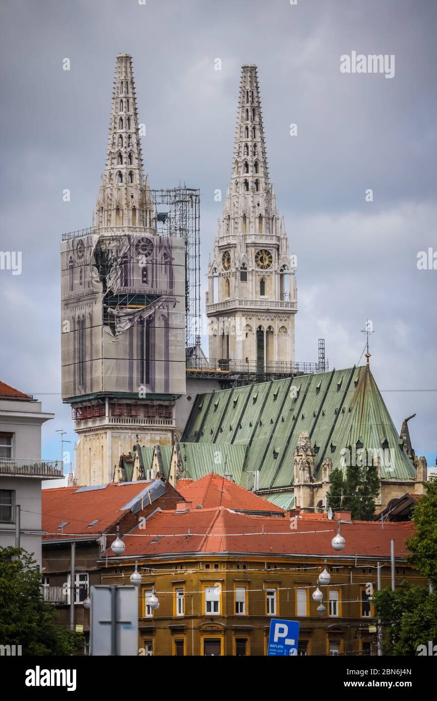 Zagreb Croatia 15 April 2020 The Zagreb Cathedral Without Both Crosses On The Top Of The Towers After Earthquake That Have Damage It In Zagreb Stock Photo Alamy