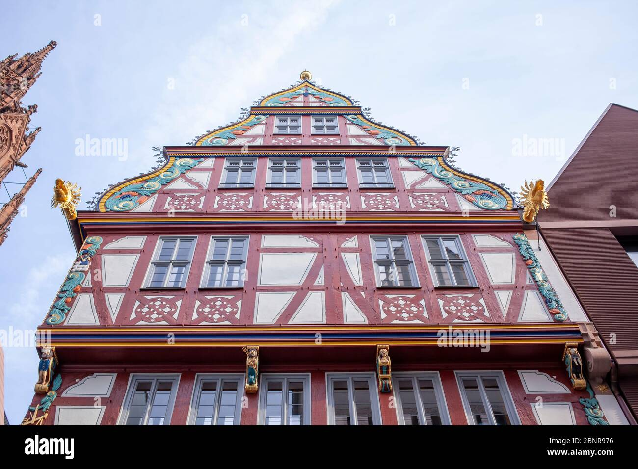 Half-timbered house on the Golden Libra, on the left cathedral tower ,, New Old Town, Dom-Römer-Areal, Frankfurt am Main, Hesse, Germany Stock Photo