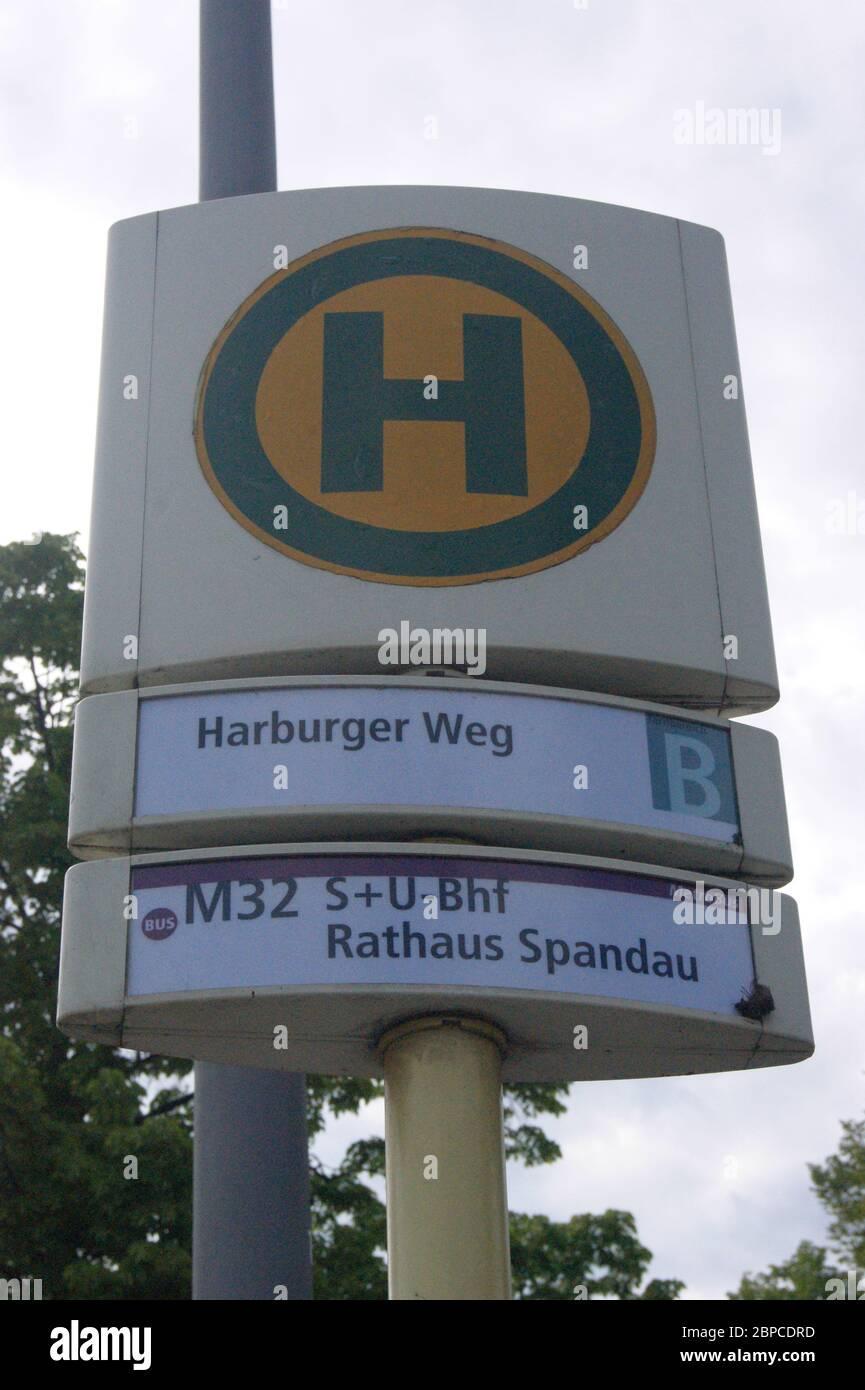 BVG Haltestelle Harburger Weg Stock Photo