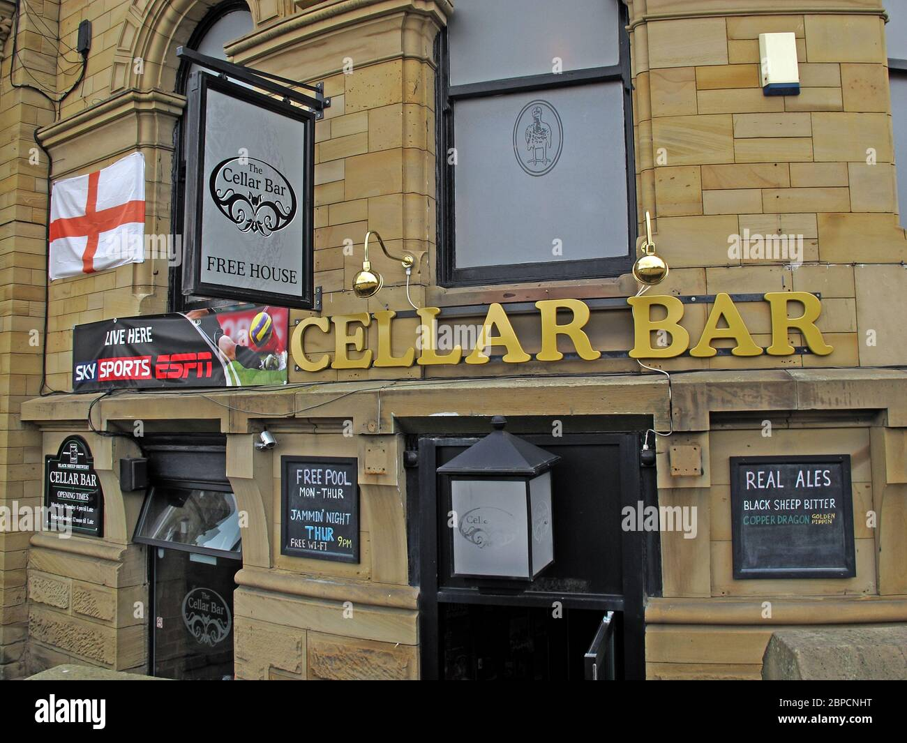 The Cellar Bar, Station Road, Batley, West Yorkshire, England, UK,on Transpennine Real Ale Trail Stock Photo